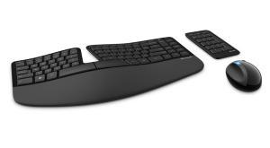 Microsoft-Sculpt-Ergonomic-Desktop-0